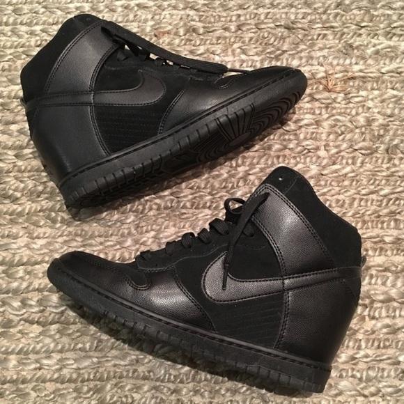c7d8d659430c Nike Dunk Sky Hi Wedge Sneakers SZ 9. M 5b0498b2fcdc310cea1ae0e2